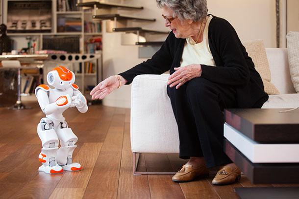 Un robot pour assister les seniors